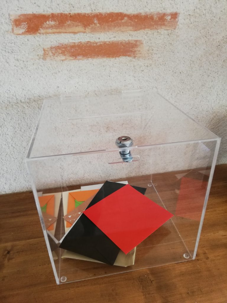 location urne plexiglass