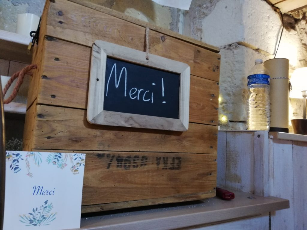 urne bois brut pour mariage location