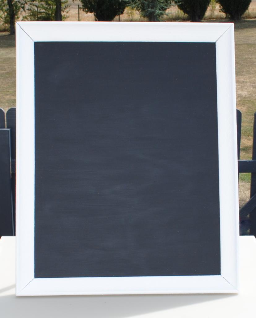 Location cadre blanc et noir ardoise Tours 37 indre et loire